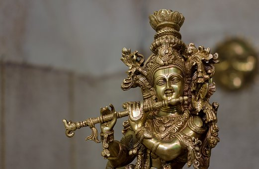 5 Things we must learn from Lord Krishna?