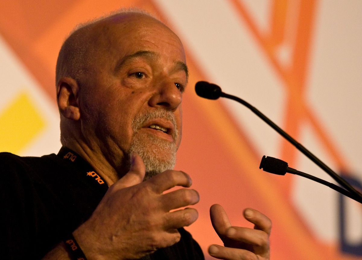 5 Paulo Coelho books you must read!